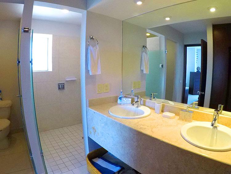 Baño Principal-Departamento en Venta Villa Magna Nuevo Vallarta Nayarit