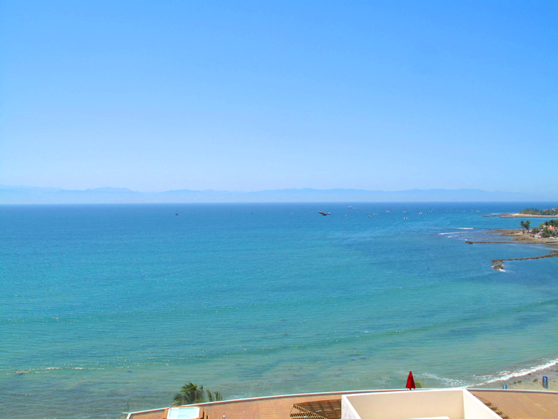 Bucerias-Cruz-Huanacaxtle-Condo-Barlovento-501-for-sale-Balcon-Ocean-view-norte
