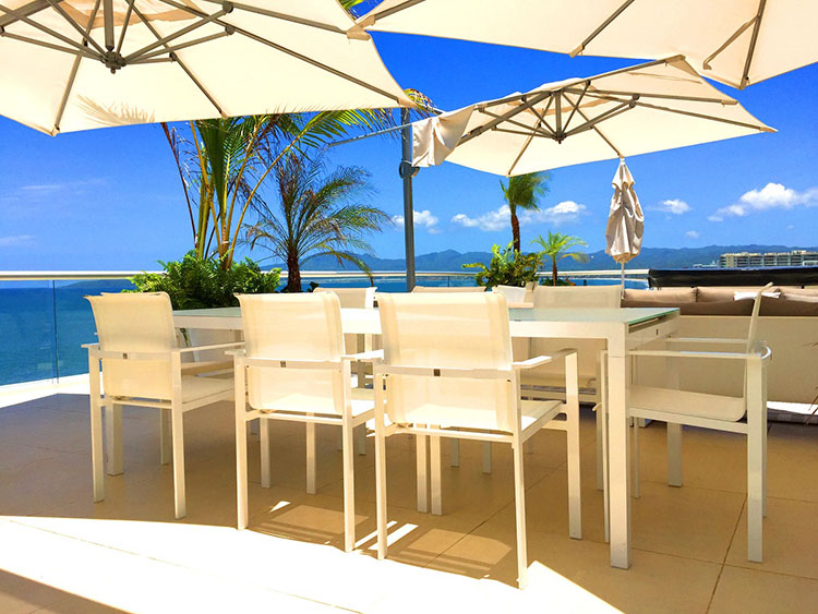 Comedor Exterior-Penthouse En Esquina Frente Al Mar En Península Nuevo Vallarta