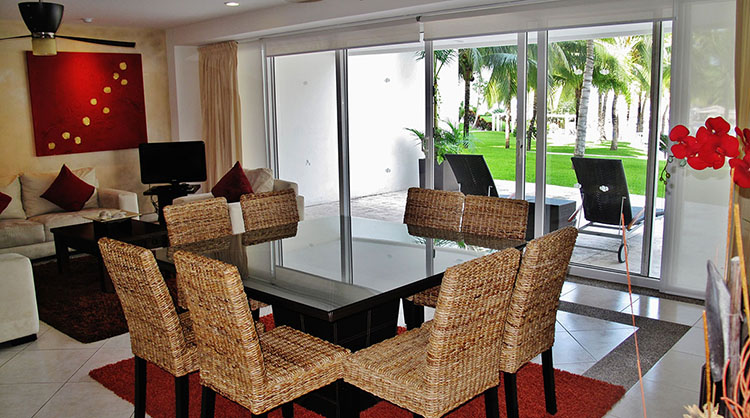 Dining Area Villa Magna Ground Floor Condominium Beach-Front Nuevo Vallarta
