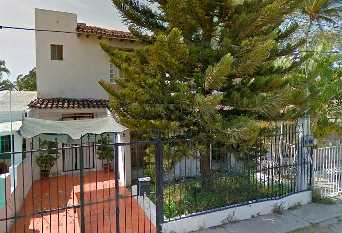 Main Facada Two-Story House In Ixtapa Jalisco