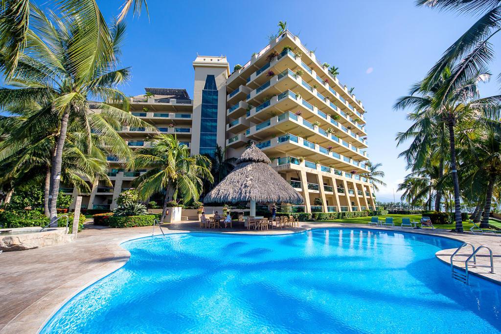 Pool-Ocean Vista Residences Condominum Nuevo Vallarta