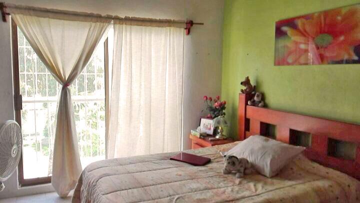 Recamara Principal Casa de dos niveles con 3 Recamaras en Ixtapa Jalisco