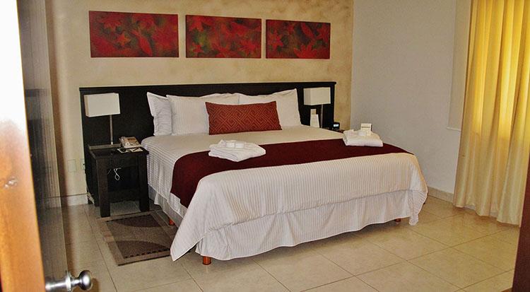 Second Bedroom Villa Magna Ground Floor Condominium Beach-Front Nuevo Vallarta