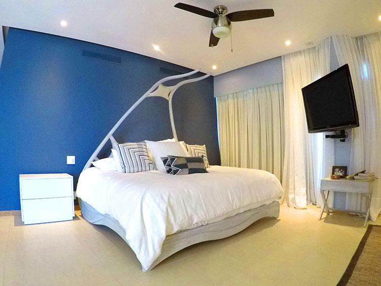 Special Designed Bed, Penthouse Beach-Front Peninsula Nuevo Vallarta Mexico