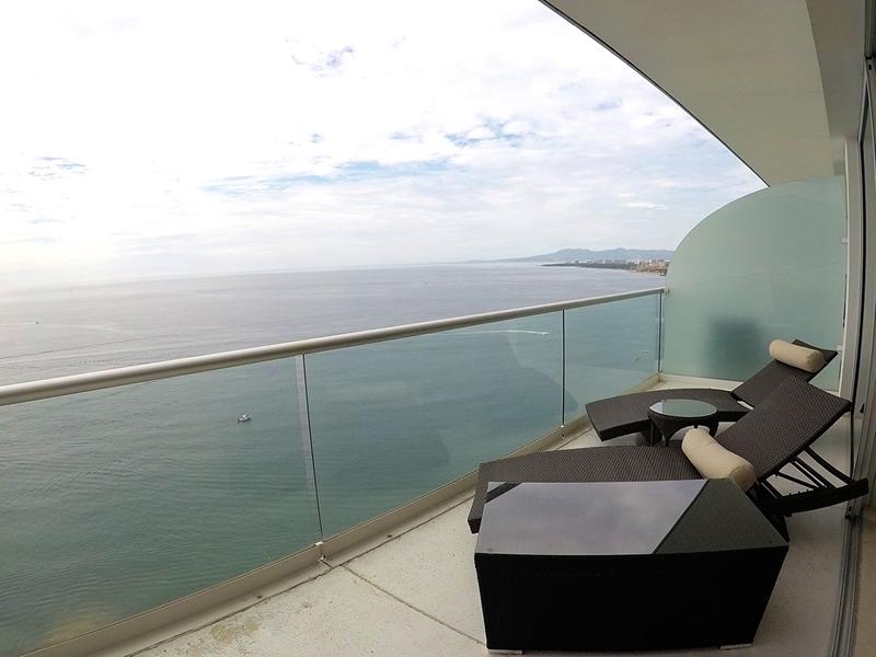 Vista-norte-Condominio-en-Venta-en-la-torre-mas-solicitada- Peninsula-Vallarta-Torre-II