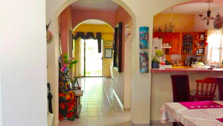 Vista de La Entrada Casa de dos Niveles 3 Recamaras En Ixtapa Jalisco