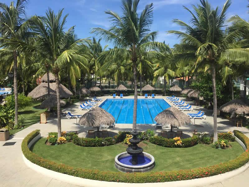 Alberca Paradise Village El Tigre Golf Country Club Nuevo Vallarta