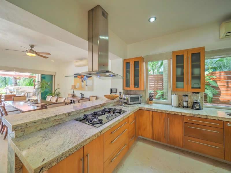 Área de cocina Casa con alberca en venta El Tigre Nuevo Vallarta
