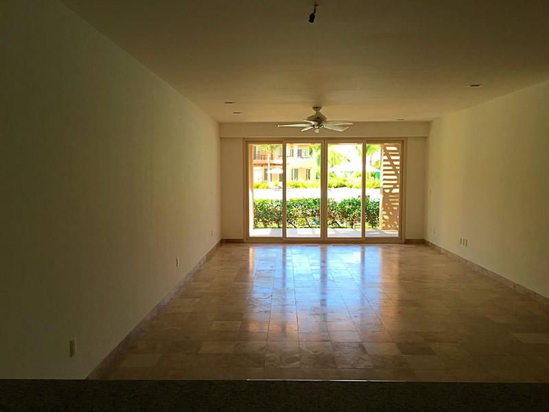 Área sala Condominio Isla Palmares en el Campo de Golf El Tigre en Nuevo Vallarta