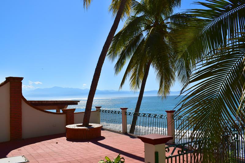Áreas comunes Casa frente a la playa con vista al mar en venta Bucerías