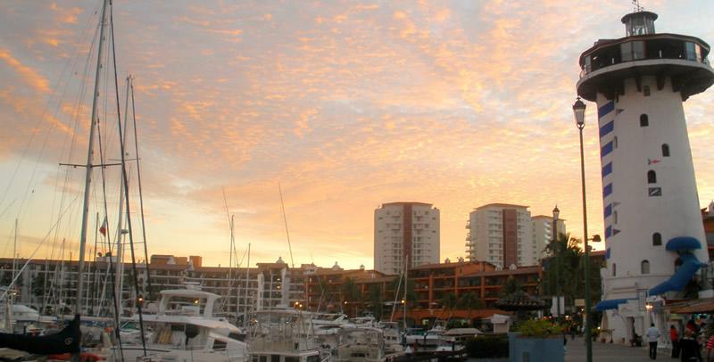 Atardecer en Marina Vallarta Puerto Vallarta