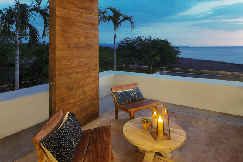 Balcón de noche Susurros del Corazón Punta de Mita