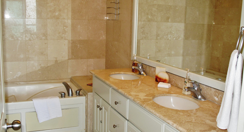 Baño con jacuzzi Condominio Playa Vista Residences en Nuevo Vallarta