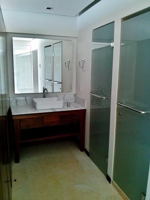 Baño recámara Penthouse en Condominio Península Nuevo Vallarta
