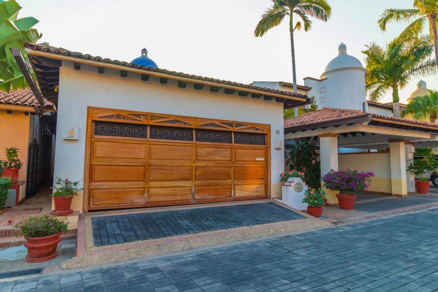Casa Punta Iguana en Marina Vallarta en Puerto Vallarta