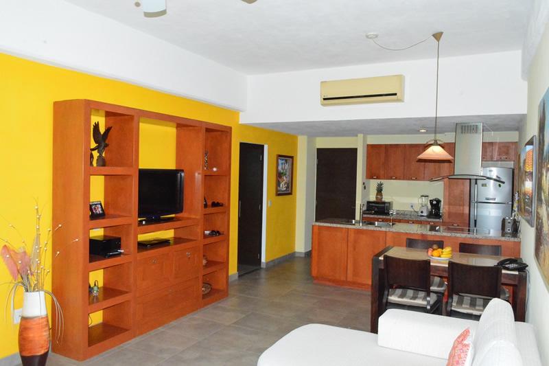 Centro entretenimiento Condominio amueblado en venta Living 3.14 Nuevo Vallarta