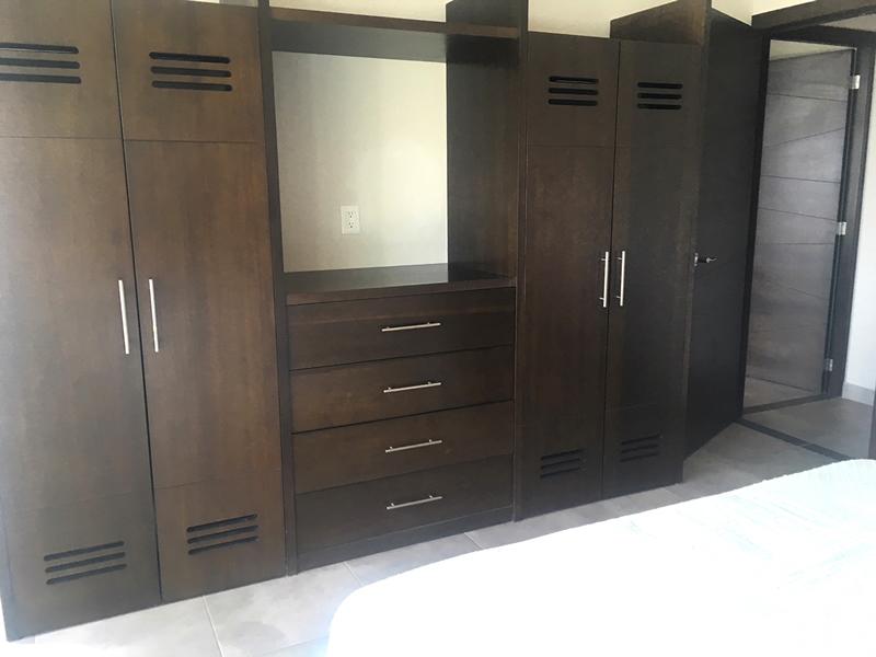 Closet Penthouse en Venta Nuevo Vallarta en Condominio 3.14 Living