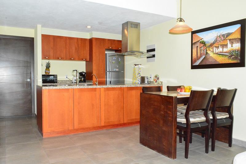 Cocina y comedor Condominio amueblado en venta Living 3.14 Nuevo Vallarta