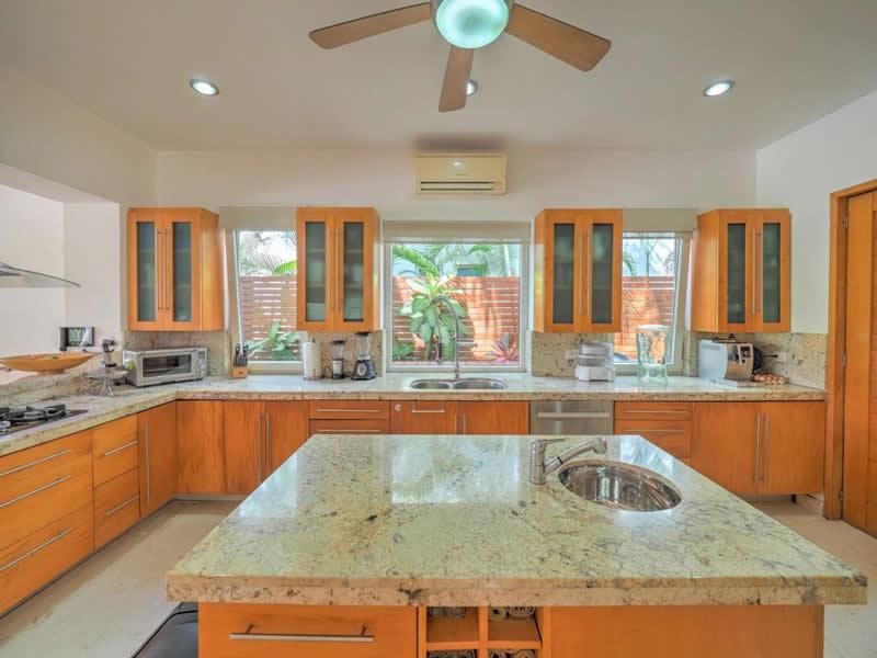 Cocina integral Casa con alberca en venta El Tigre Nuevo Vallarta, Nayarit