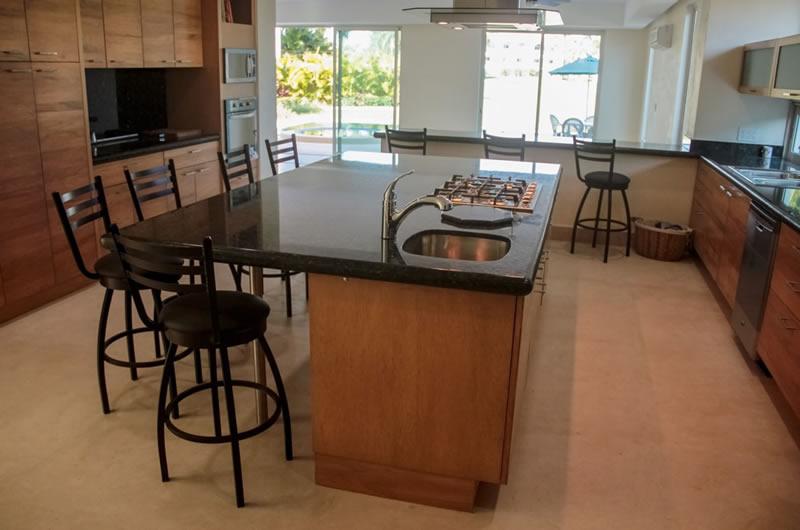 Cocina Villa Jaguar en Paradise Village Golf y Country Club