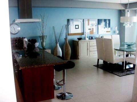 Cocina y comedor Condominio Península Puerto Vallarta
