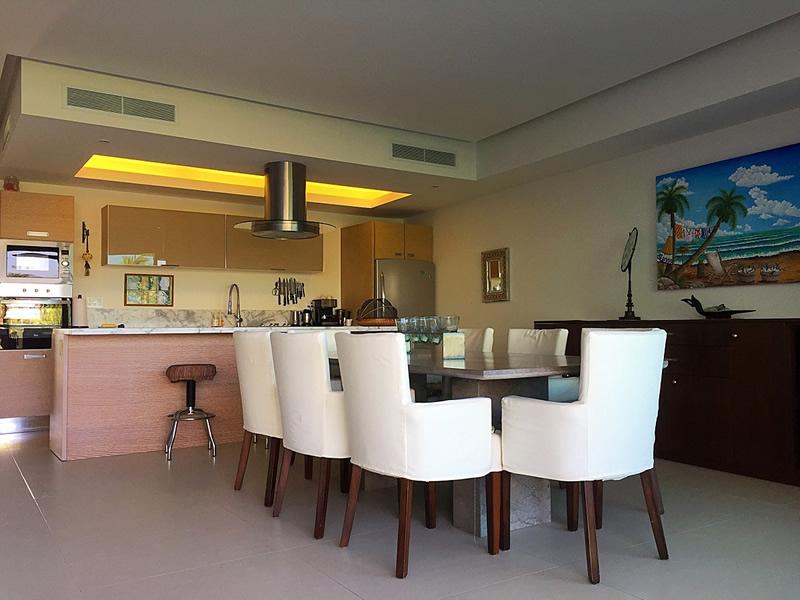 Cocina y comedor Condominio en Venta Península Nuevo Vallarta Nayarit México Desarrollo Habitacional