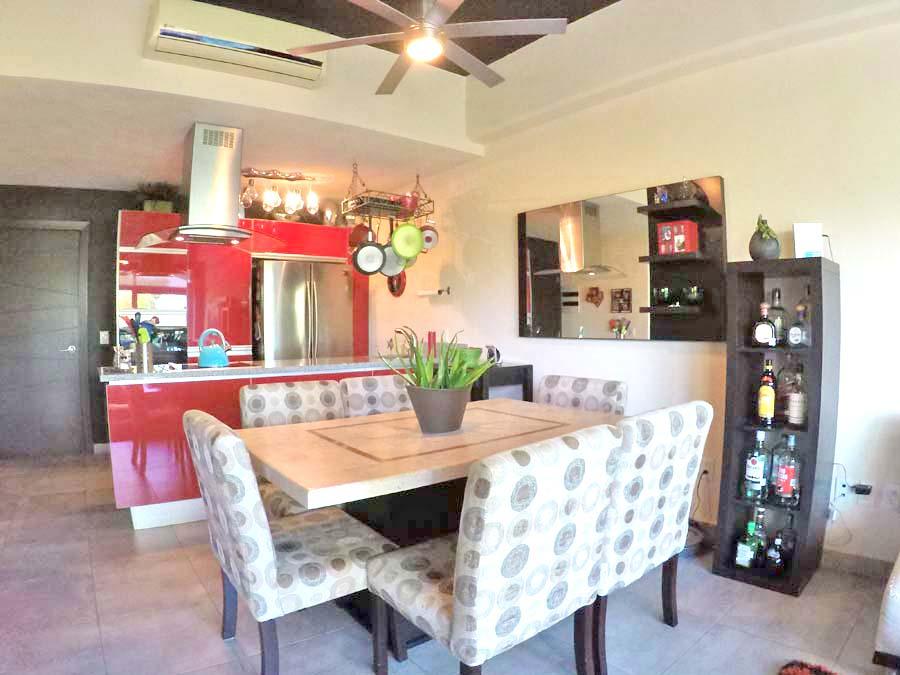 Comedor y cocina Departamento en venta 3.14 Living Plaza Nuevo Vallarta
