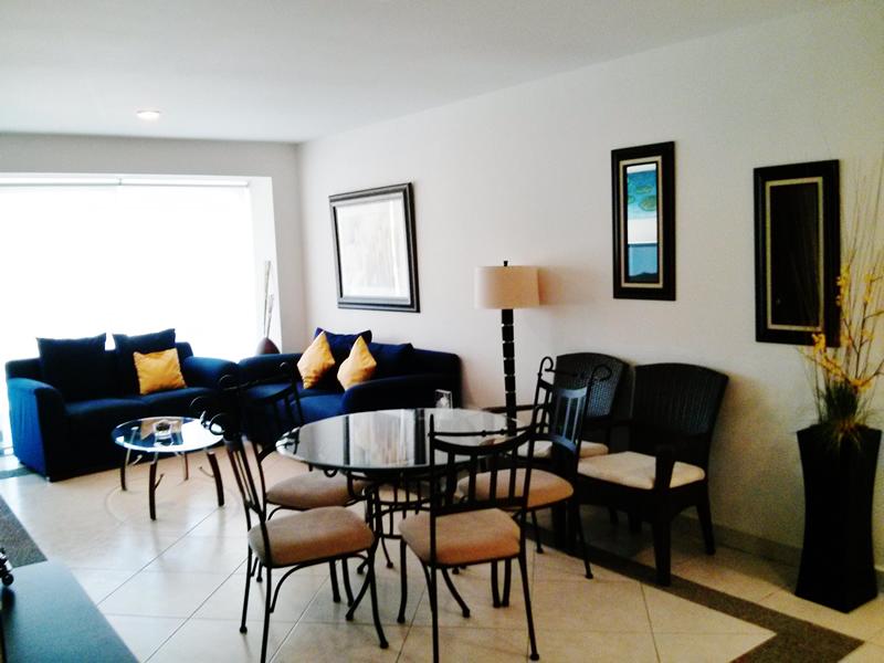 Comedor y sala Condominio Villa Magna Nuevo Vallarta