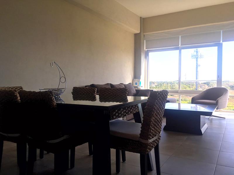 Comedor y sala Penthouse en Venta Nuevo Vallarta en Condominio 3.14 Living