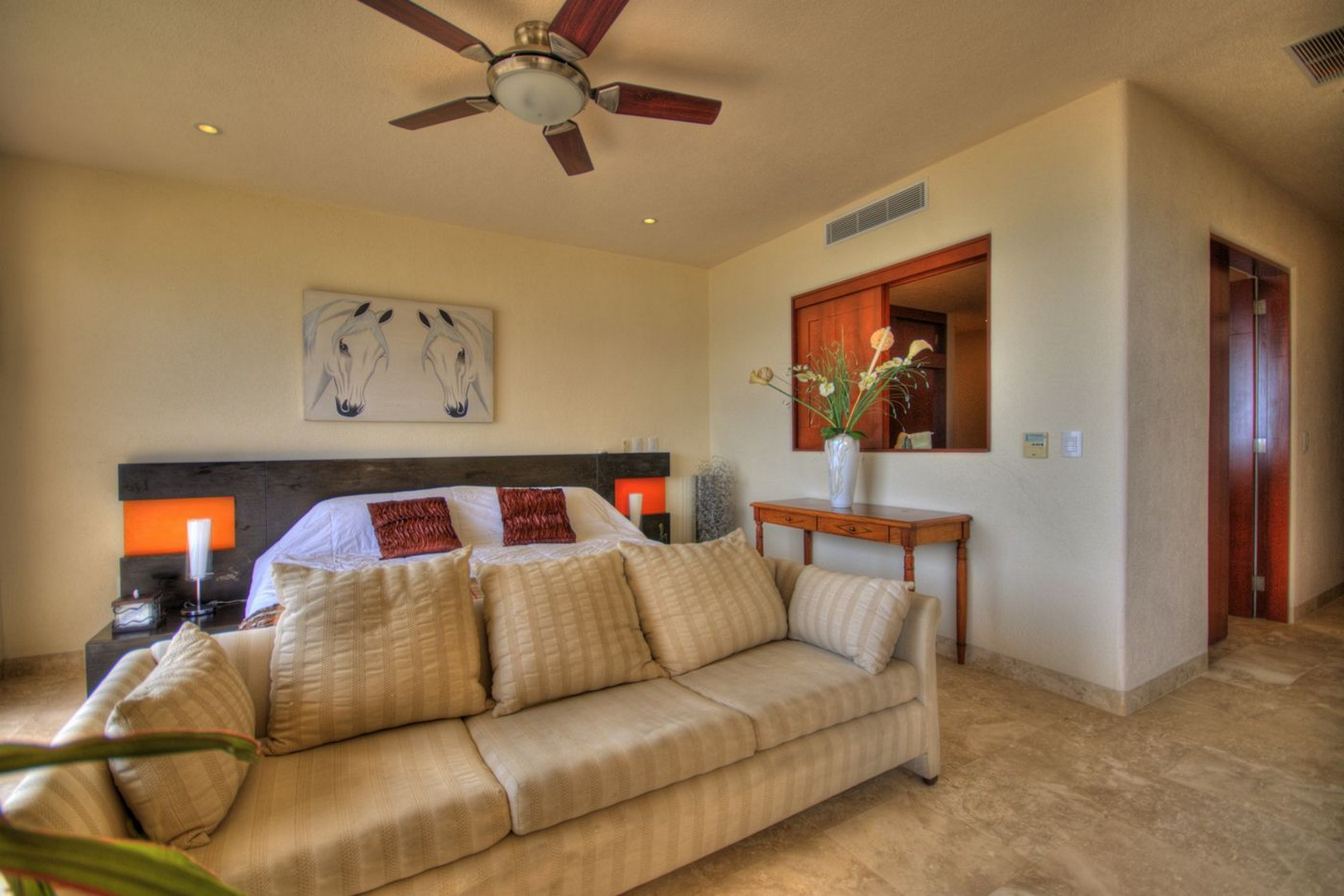 Decoración recámara Departamento en venta Punta Esmeralda Resort La Cruz de Huanacaxtle