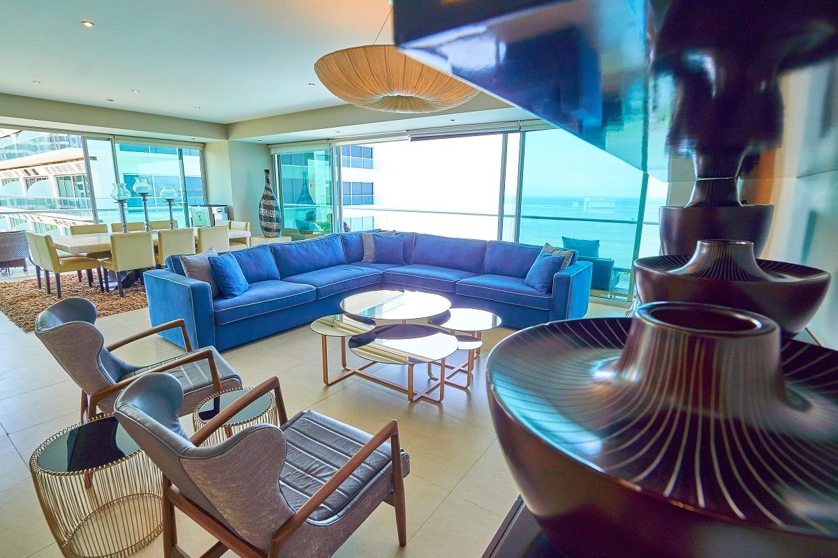 Decoración sala Península Puerto Vallarta Condominio en venta