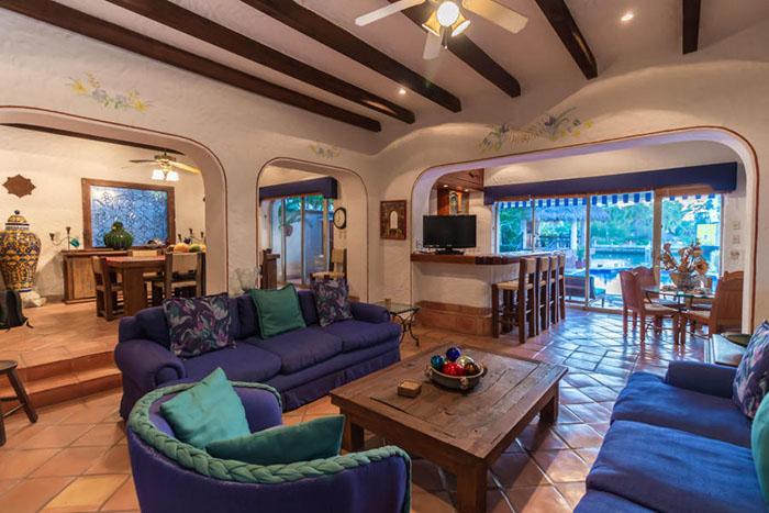 Decoration-villa-punta-iguana-in-marina-vallarta-puerto-vallarta