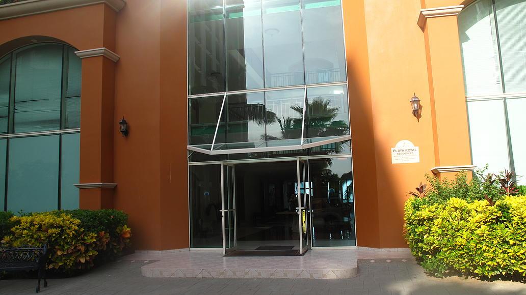 Entrada Desarrollo Playa Royale en Nuevo Vallarta