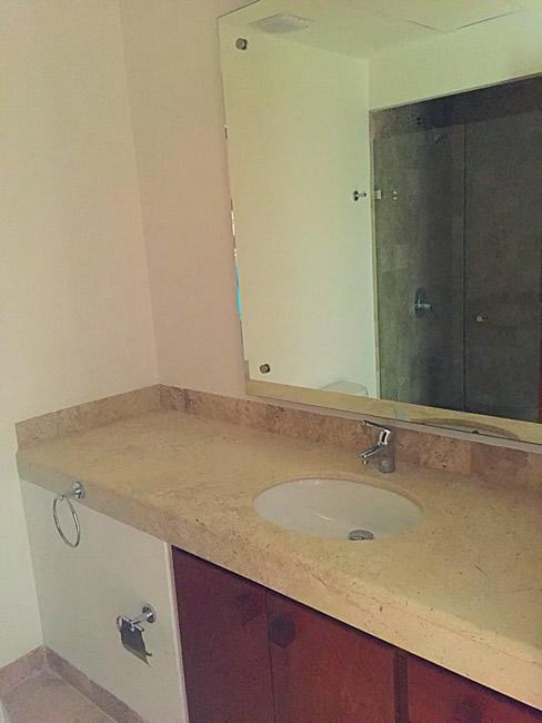 Espejo baño Condominio Isla Palmares en el Campo de Golf El Tigre en Nuevo Vallarta