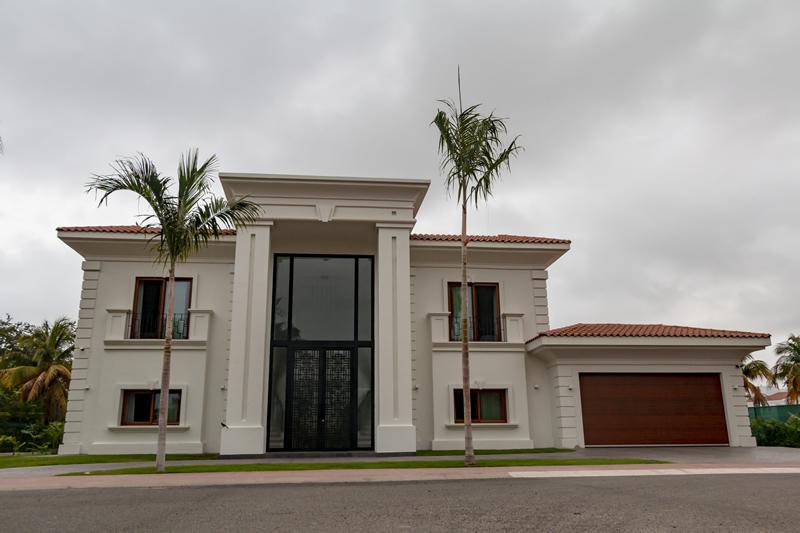 Fachada Casa de lujo en venta El Tigre Nuevo Vallarta Nayarit México