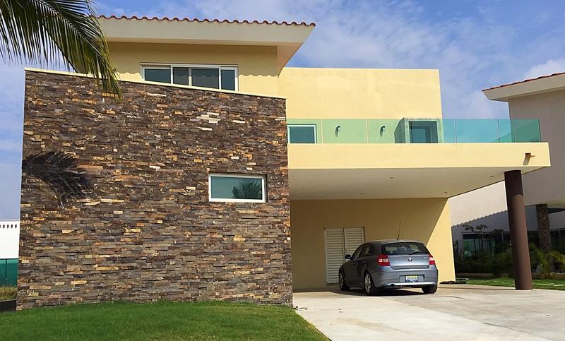 Fachada Casa En Venta Vista Lagos Paradise Village El Tigre Nuevo