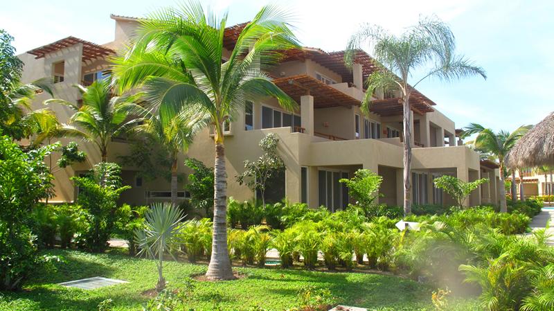Jardínes Desarrollo Isla Palmares en el Tigre Club de Golf en Nuevo Vallarta