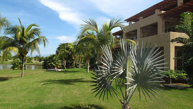 Lago Desarrollo Isla Palmares en el Tigre Club de Golf en Nuevo Vallarta
