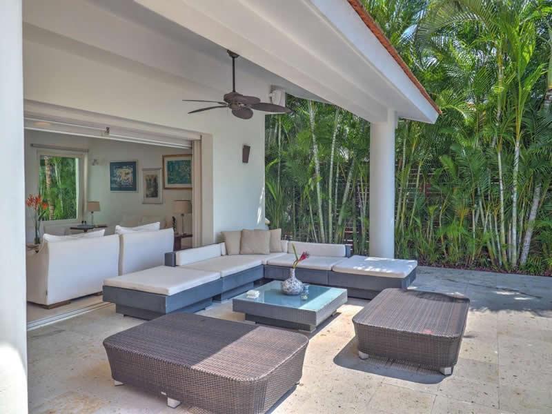 Living terraza Casa con alberca en venta El Tigre Nuevo Vallarta, Nayarit