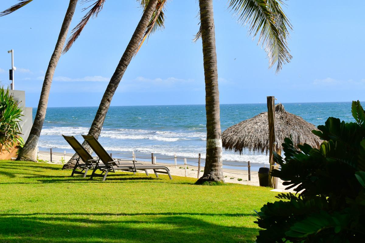 Playa Casa la Palapa frente al mar en venta Nuevo Vallarta