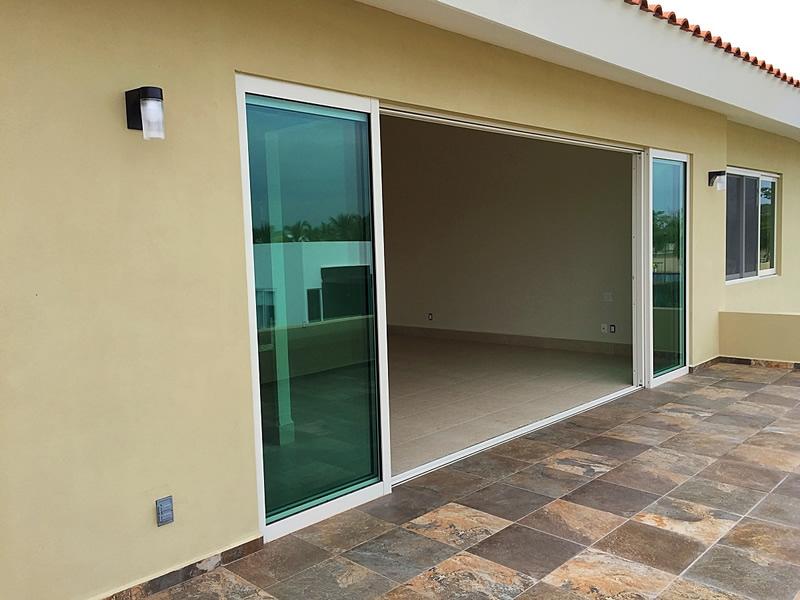 Puertas Corredizas Casa en Venta Vista Lagos Paradise Village El Tigre Nuevo Vallarta Nayarit Mexico