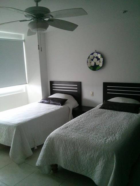 Recámara con ventilador de techo Condominio Villa Magna Nuevo Vallarta