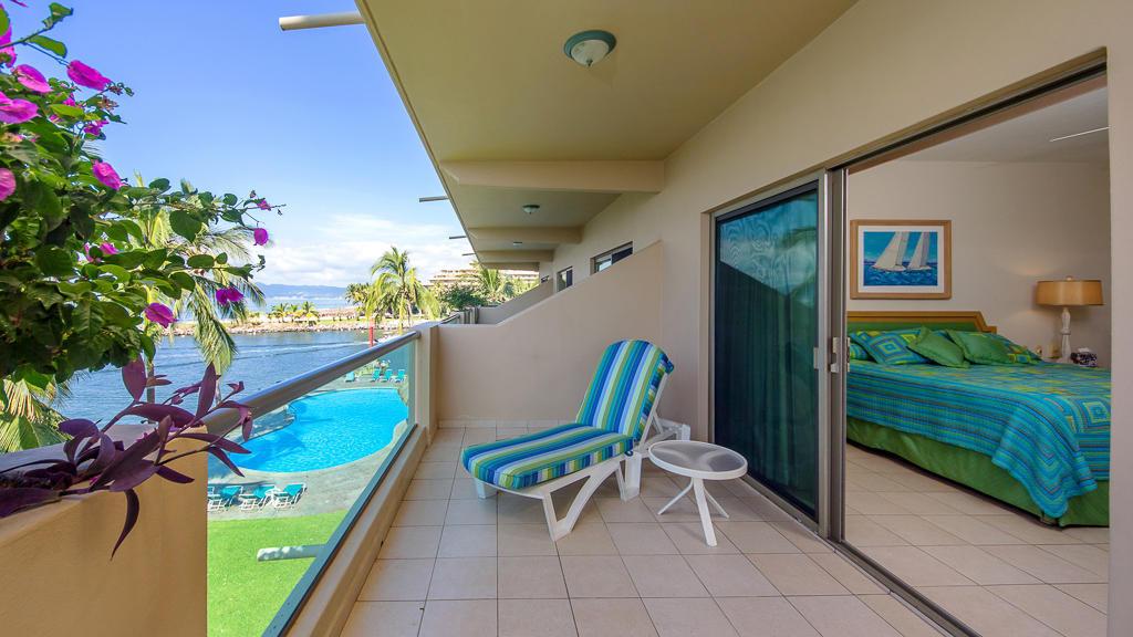 Recámara con vista al mar Oceano Vista Residences Condominio Nuevo Vallarta