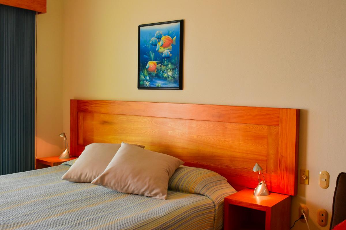 Recámara Condominio Playa Royale Residence en venta con vista al mar