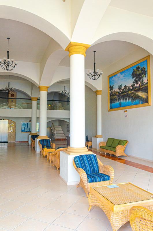 Recepción Grand Marina Villas Nuevo Vallarta