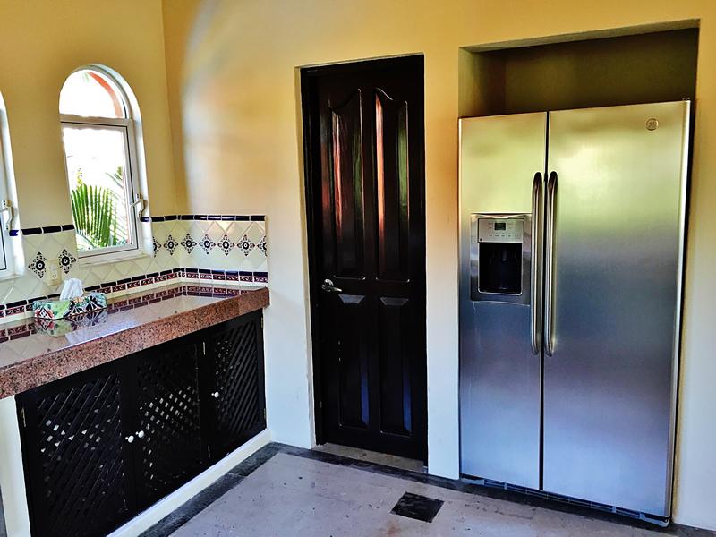 Refrigerador en cocina Villa en bucerías Nayarit Lanigan