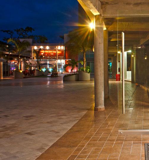 Restaurantes Local comercial en venta Plaza 3.14 Living Nuevo Vallarta