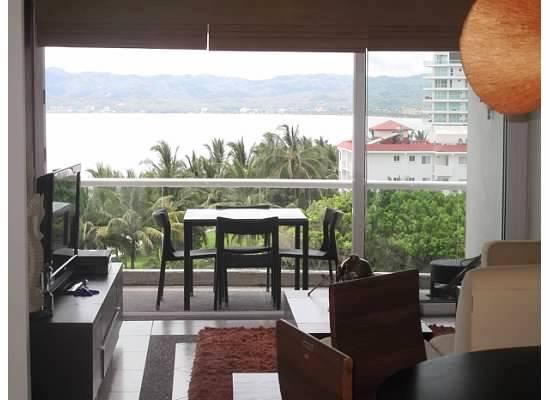 Sala con vista al mar Condominio Villa Magna Nuevo Vallarta