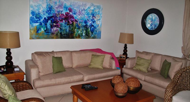 Sala Recamara con terraza y vista al mar Terraza Condominio Playa Vista Residences en Nuevo Vallarta